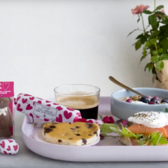 Valentine's Day: A romantic (& stylish) menu for the ultimate breakfast in bed