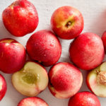 12 food goals to eat well and satisfy cravings_nectarines