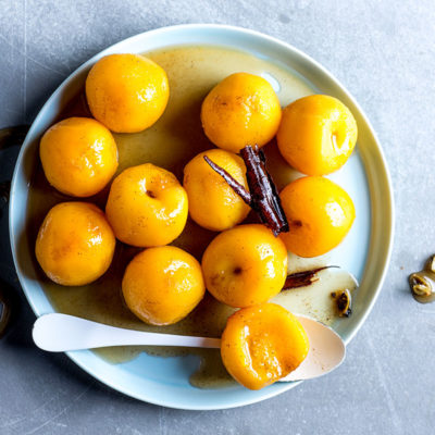 Spiced poached peaches