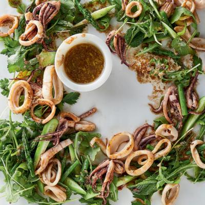 Calamari-and-asparagus salad