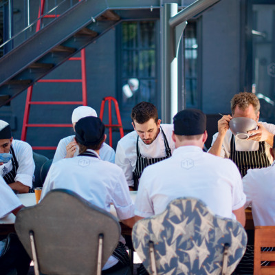 What top chefs eat before dinner service