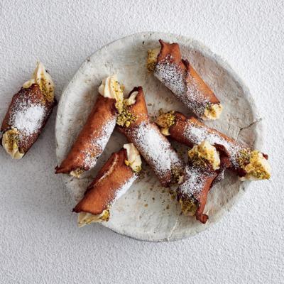 White chocolate-and-pistachio cannoli