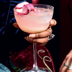 Litchi-and-rose faux fizz