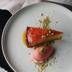 Saint's orange-and-Campari cake