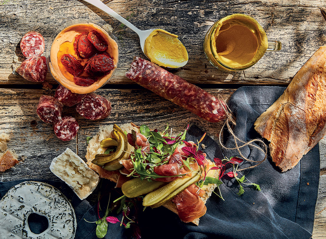 Best-ever grazing platter for guests   Entertaining ideas