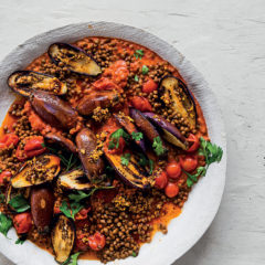 Creamy tomato and harissa lentils with brinjals