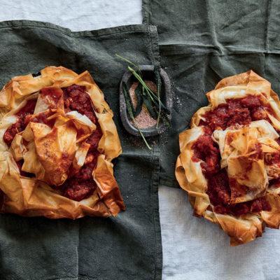 Crumpled phyllo pork-and-tomato pie