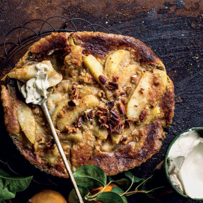Pear-and-pecan pudding