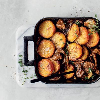 Pepper steak-and-sweet onion rösti pie