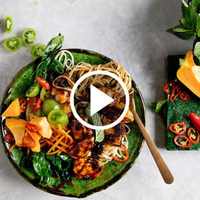 Watch: easy Asian caramel chicken