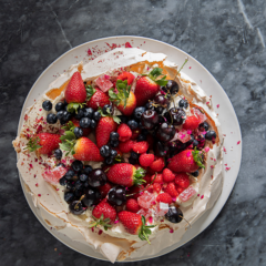 Jan Hendrik's Turkish delight pavlova