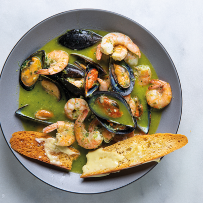 Easy mussel and prawn broth
