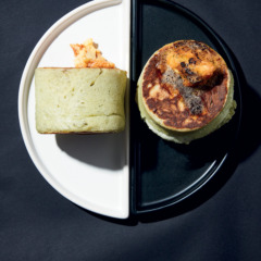 Pea protein crumpets with tamarind butter