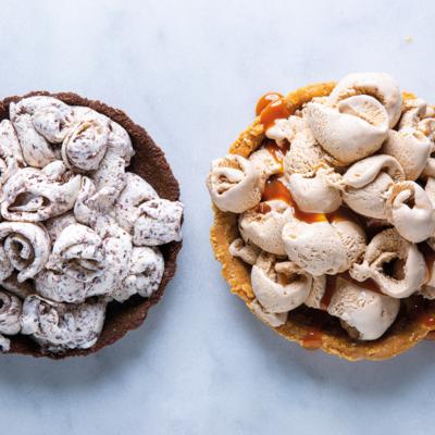 Quick ice-cream pies