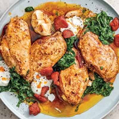 Stuffed chicken fillets with horseradish-creamed spinach