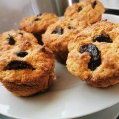 Peanut butter date muffins
