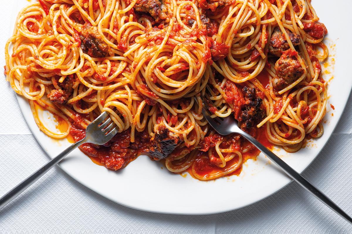 Spaghetti with pork sausage