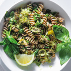 Wholewheat fusilli with green olives and herbs