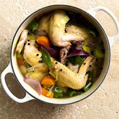 Quick-and-easy chicken stock