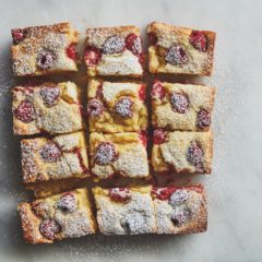 Raspberry-and-ricotta pudding cake