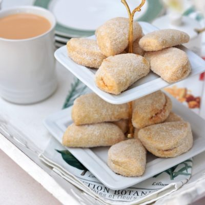 Apricot turnover biscuits