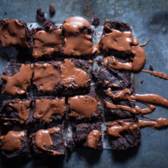 4-ingredient brownies
