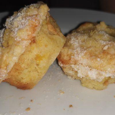 Fresh orange yoghurt muffins