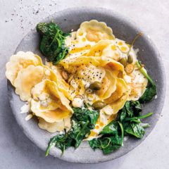Ravioli with gorgonzola cream