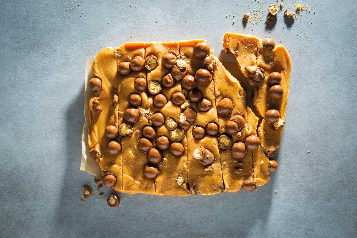 5-ingredient-microwave-fudge