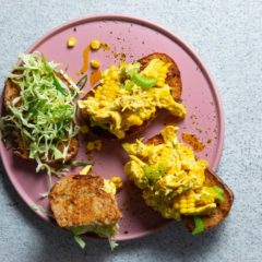 Coronation chicken-and-corn toasties