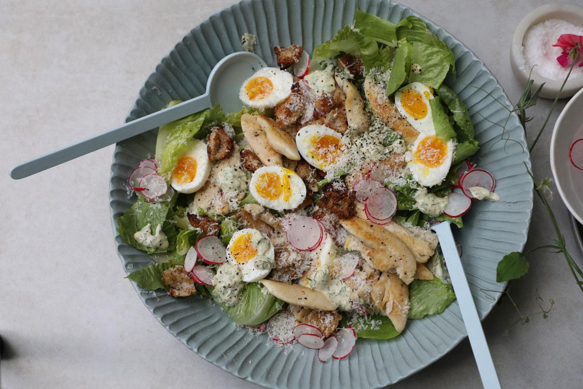 Chicken-Caesar-salad-with-a-twist