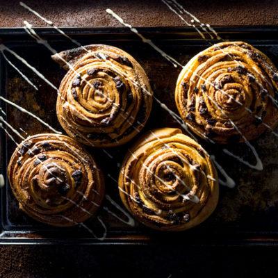 Sticky date and mocha swirled buns