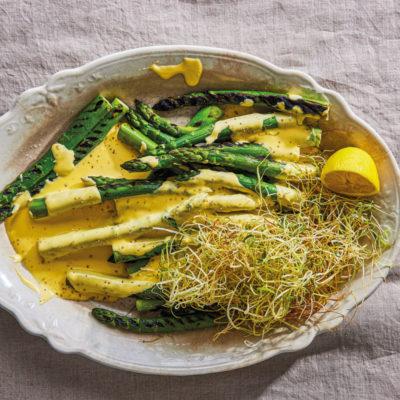 Asparagus with Hollandaise
