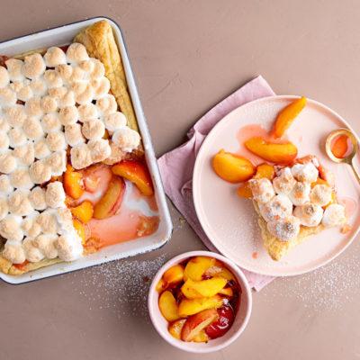 Nectarine meringue pie