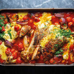 Cheesy tomato chicken bake