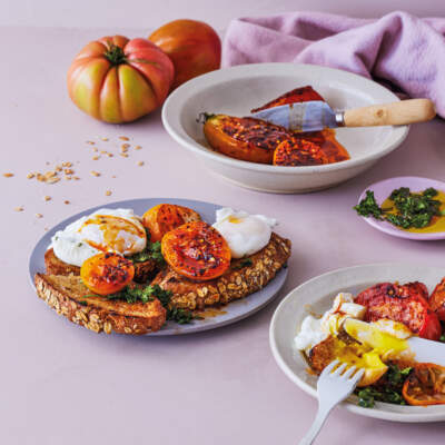 Oven-baked tomato toast