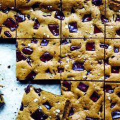 Tahini chocolate chip cookie bars