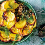 Dill,-feta-and-spinach-beef-mince-pie-with-potato-crust