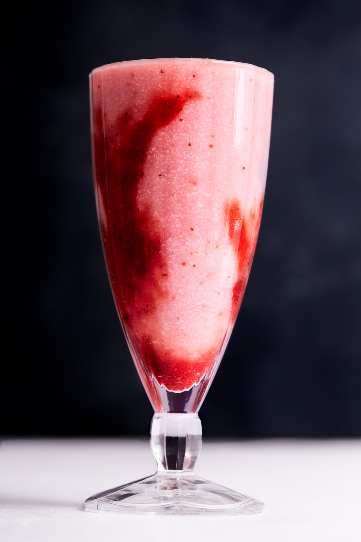 Mageu-with-strawberry-coulis