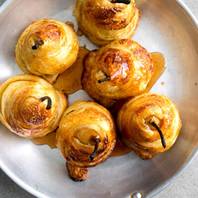 Pear pastry twists