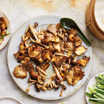 Peking mushroom pancakes