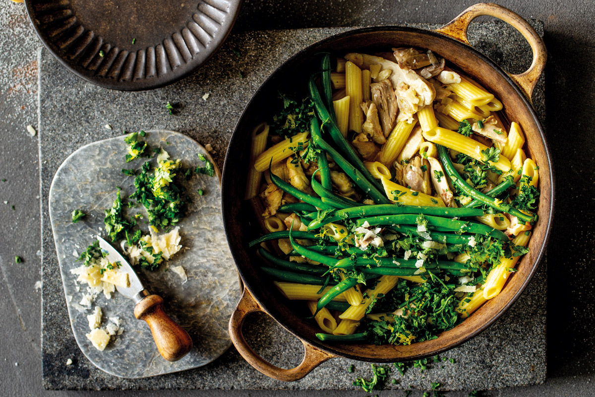 ONE-POT-HERBED-CHICKEN-WITH-PENNE