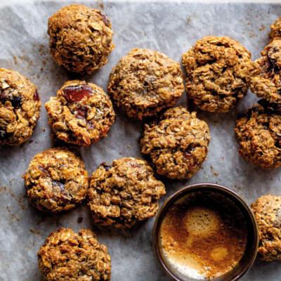 Cinnamon oat cookies
