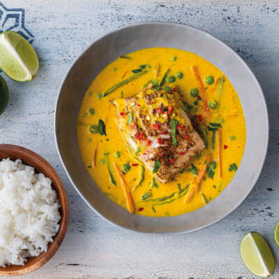 Cod fillets with ginger-and-coconut curry