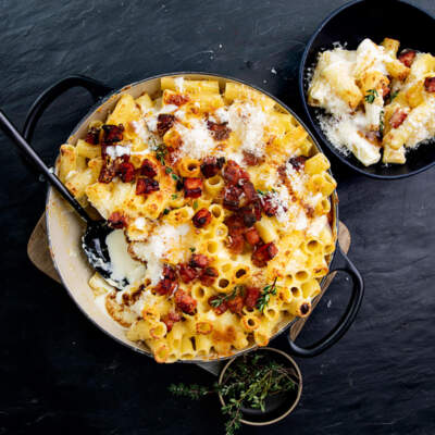 This cheesy mac 'n cheese is all grown up