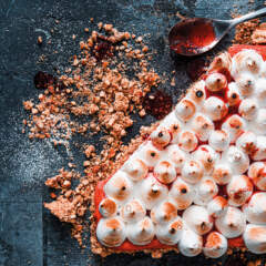 Strawberry curd meringue pie
