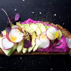 Vegan avo toast