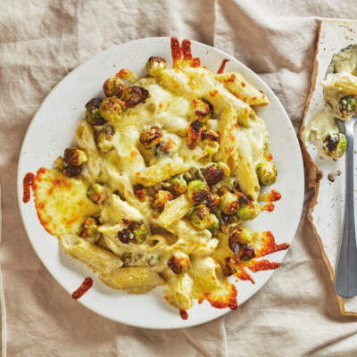 Cheesy Brussels sprout pasta bake