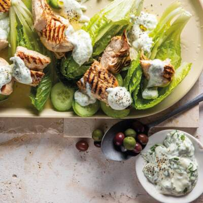 Pickle-brined chicken on the braai with ranch dressing