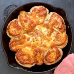 Cheese-and-ham pinwheels